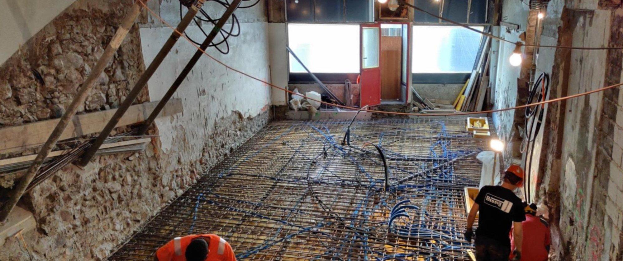 Elektroeinlagen in der neuen Betonplatte
