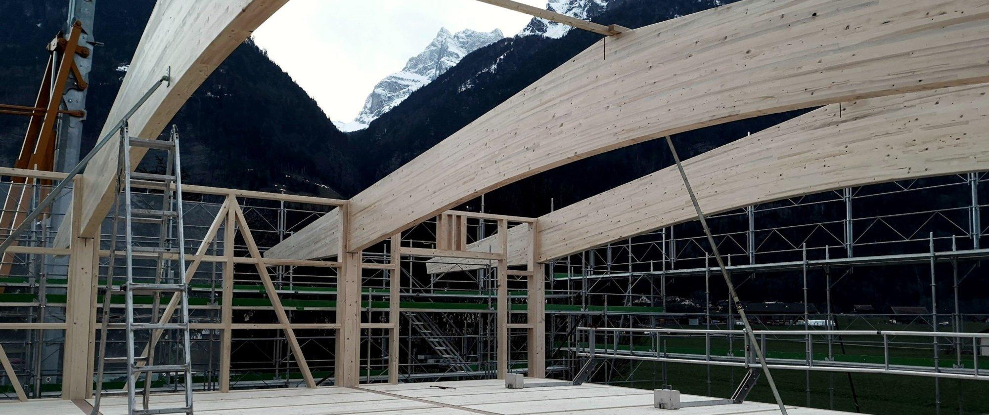 Montage der Dachbinder