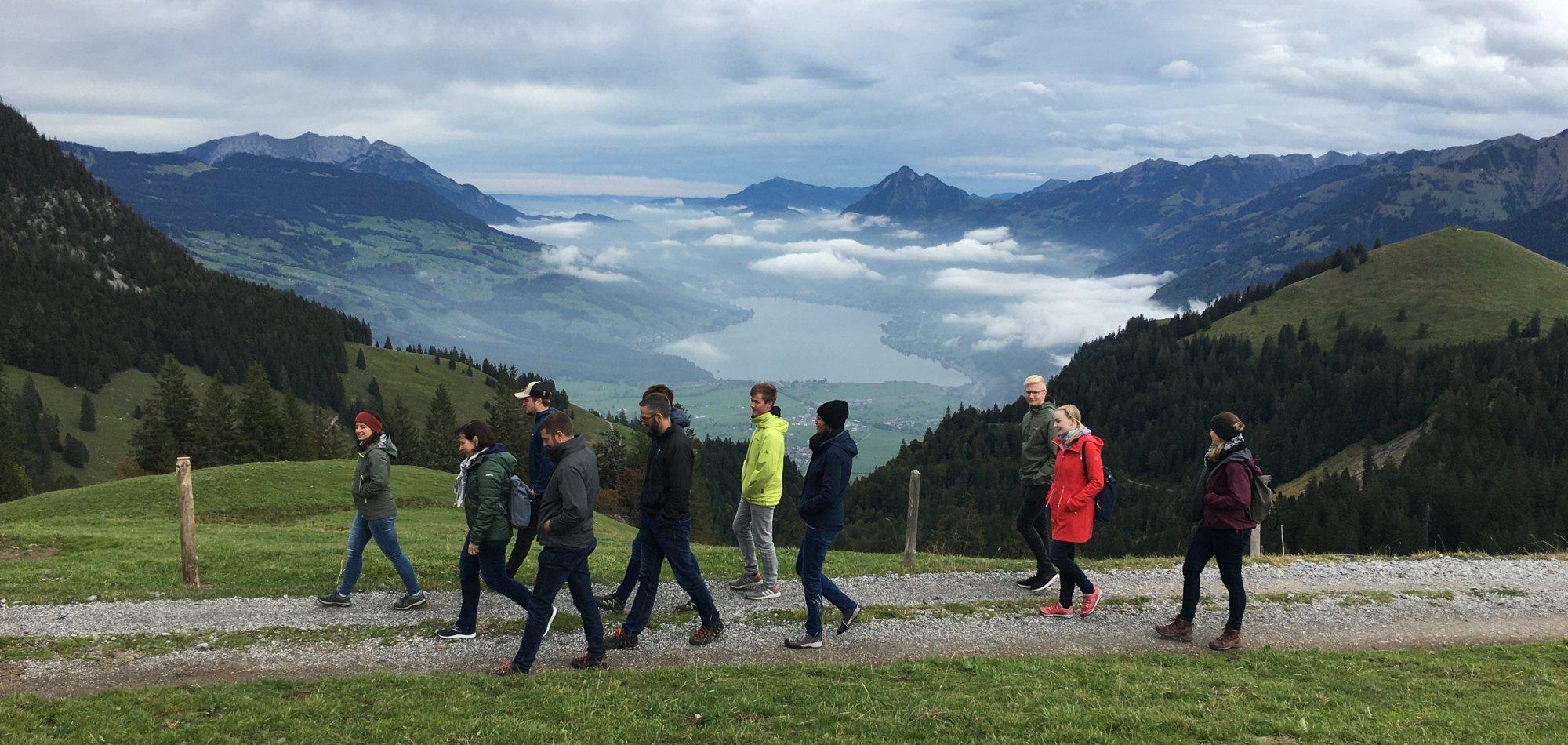 Team-Ausflug Spaziergang Fluonalp